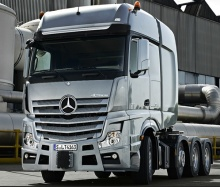 The new Actros. Heavy-duty transport. Up to 250 tonnes.